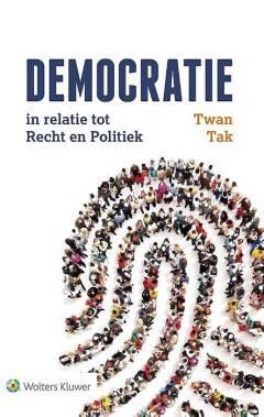 Democratie in relatie tot recht en politiek